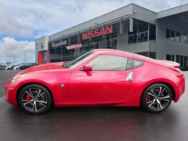 New 2018 Nissan 370Z New Interior