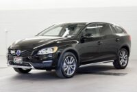 The 2018 Volvo V60 CRoss Country Picture