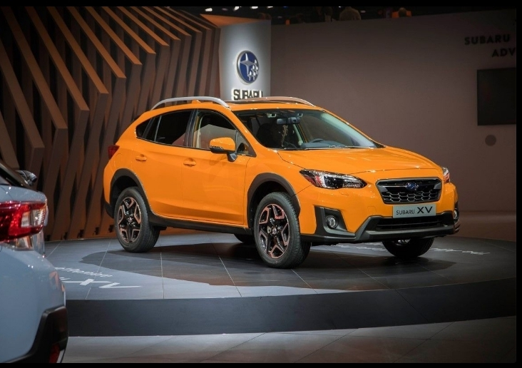 New 2019 Subaru CRosstrek Hybridand New Interior