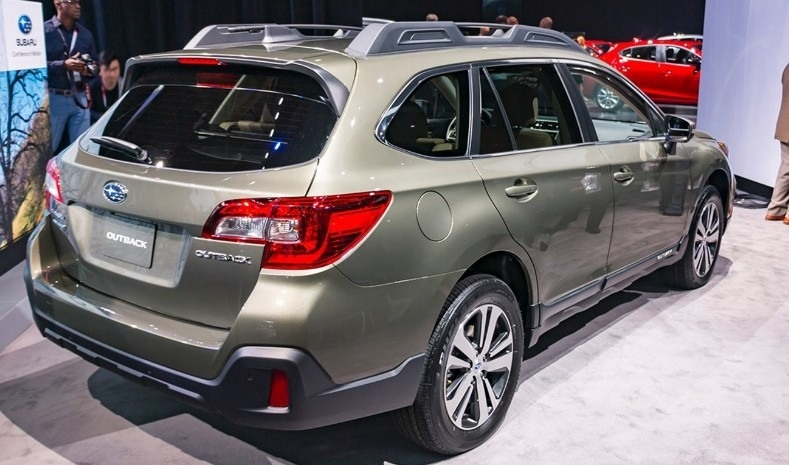 Best 2019 Subaru Outback Specs and Review