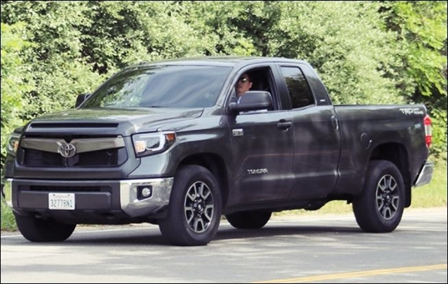 2019 Toyota Tundra Dualie Specs and Review