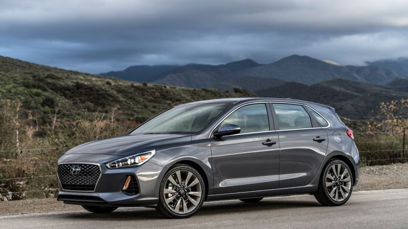 Best 2018 Hyundai Elantra Gt Specs and Review