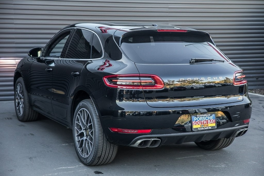 Best 2018 Porsche Macan Turbo Release date and Specs