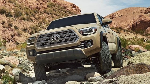 New 2018 Toyota Tacoma Diesel Spy Shoot