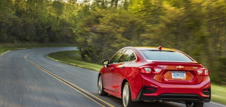 Best 2019 Chevy CRuz Review and Specs
