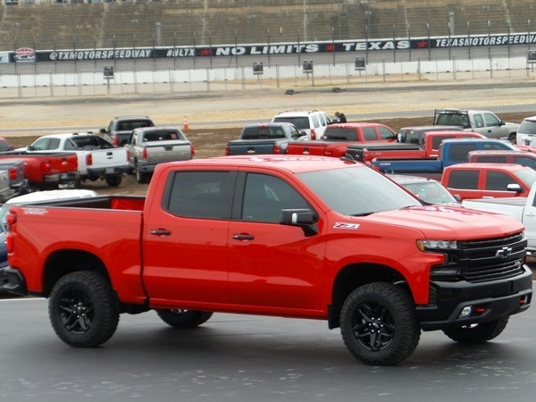 New 2019 Chevy Silverado 1500 Picture