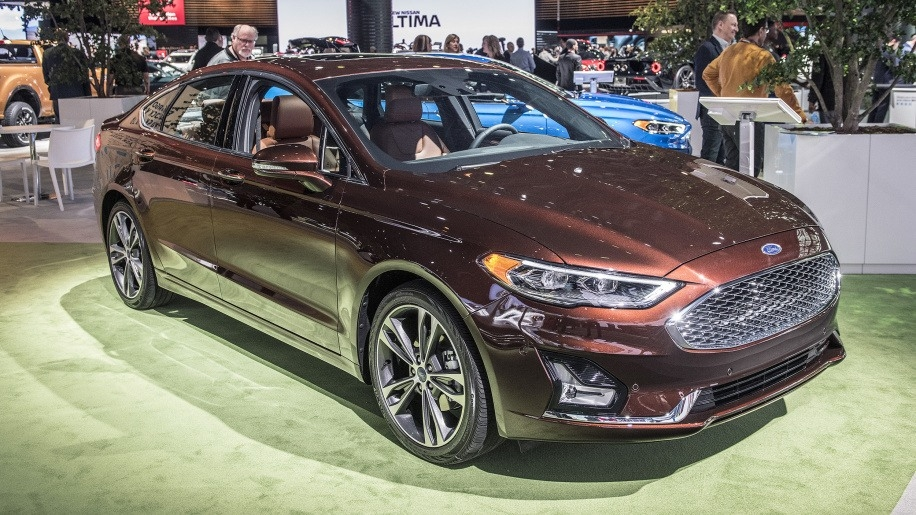 Best 2019 Ford Fusion Energi Review and Specs