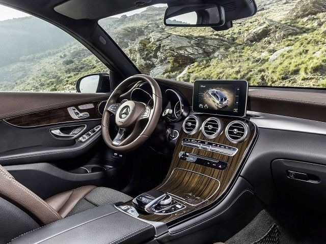 Best 2019 Mercedes F Review and Specs