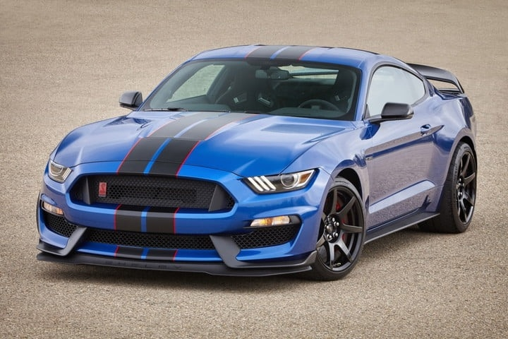 New 2019 Mustang Shelby gt350 Concept