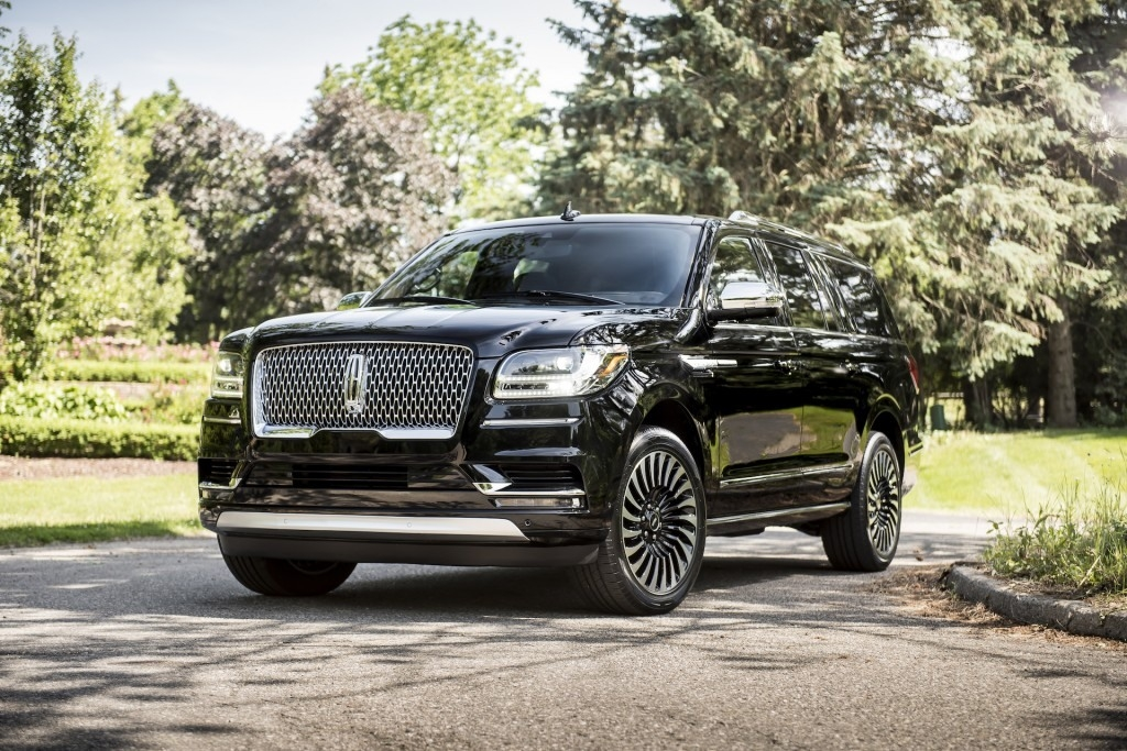 The 2019 Navigator Specs and Review