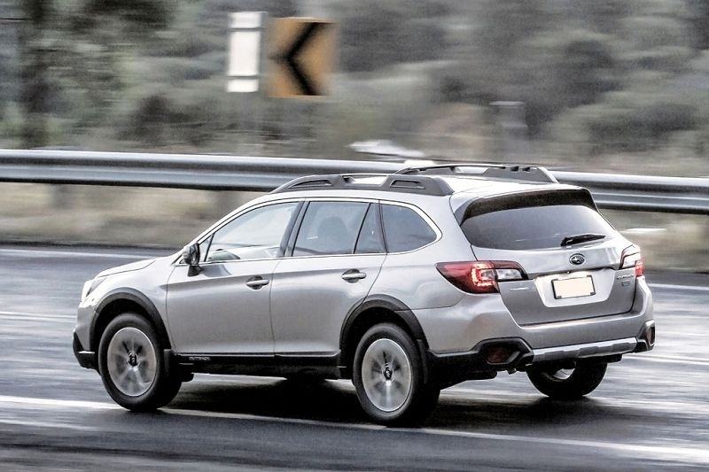2019 Subaru Outback Review and Specs