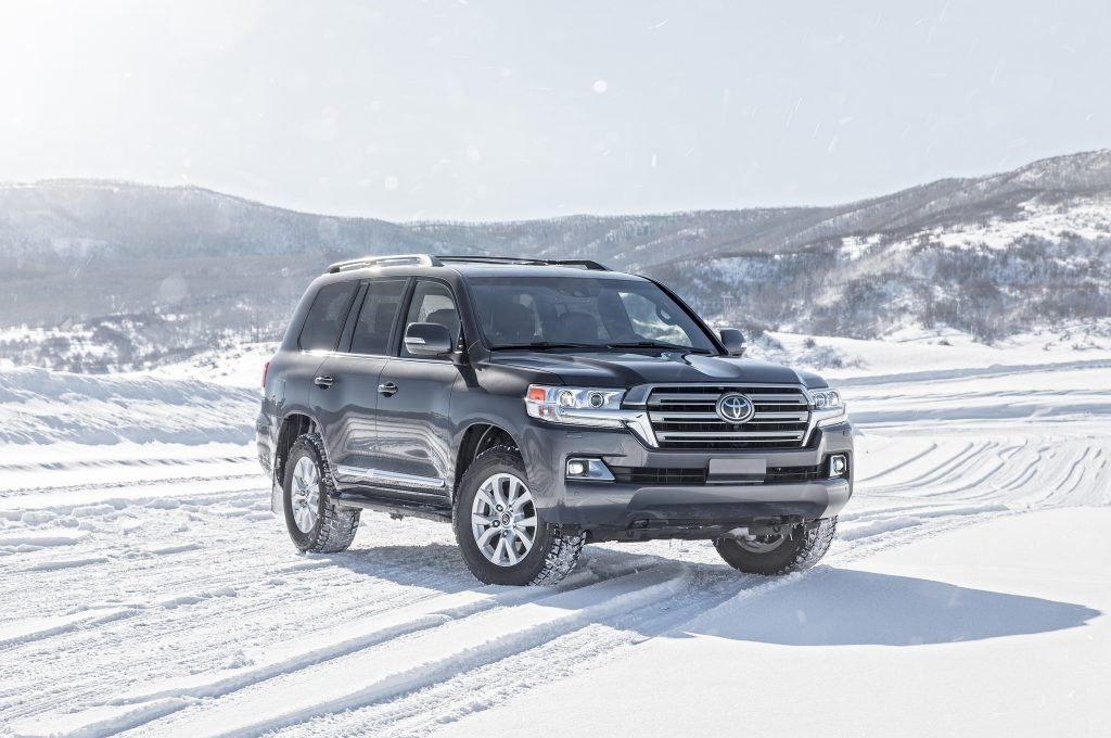 The 2019 Toyota Land CRuiser Hybridand Review and Specs