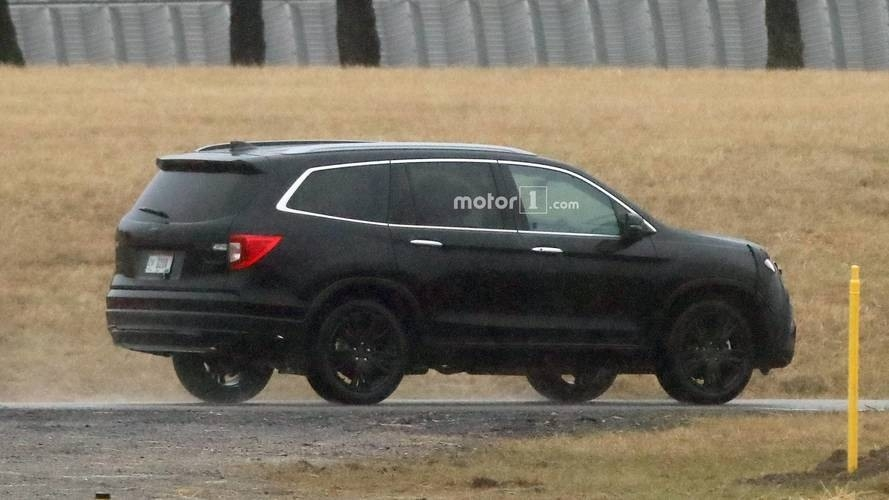 New Pictures Of 2019 Honda Pilot Spy Shoot