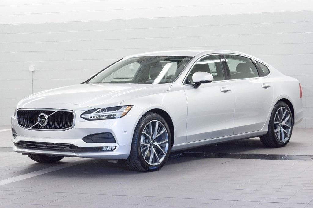 New 2018 Volvo S90 Picture
