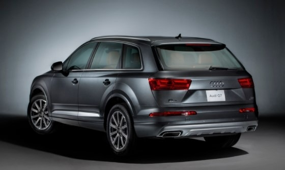 The 2019 Audi Q7 Colors First Drive