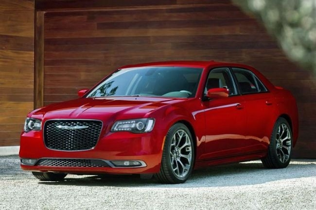 The 2019 Chrysler 300 srt 8 Review and Specs