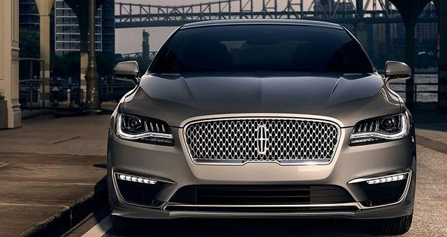 The 2019 Lincoln MKZ Hybrid Spy Shoot