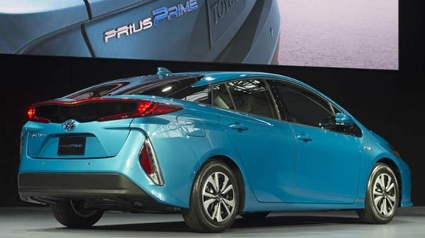Best 2019 Toyota Prius Redesign and Price