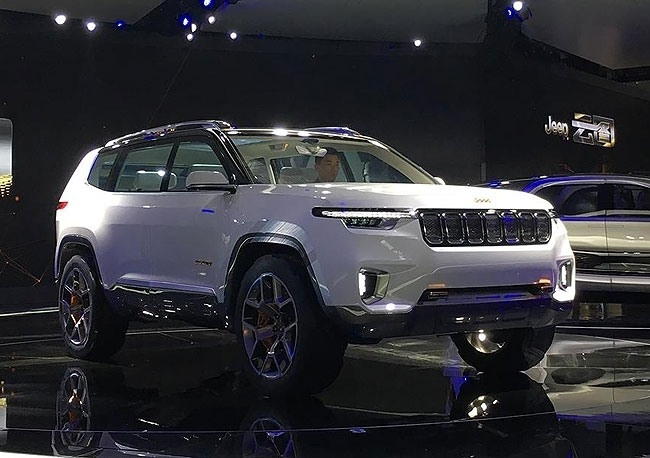 Jeep 2019 Grand Cherokee Spy Shoot