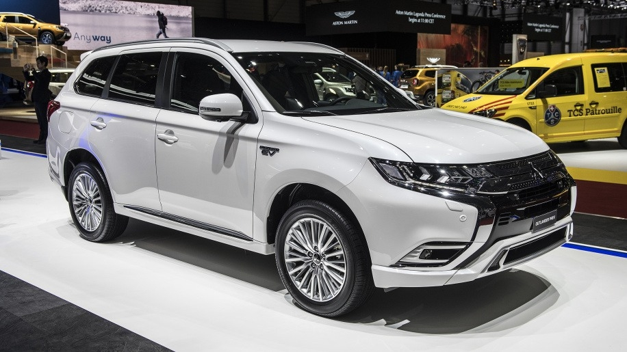 Mitsubishi Outlander 2019 Specs and Review