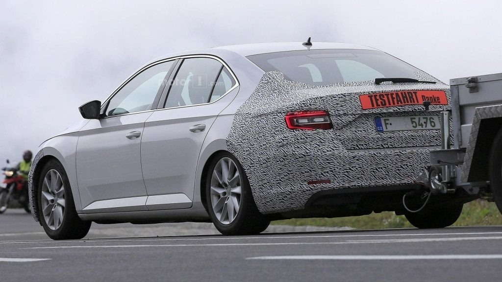 Best Spy Shots 2019 Skoda Superb New Review