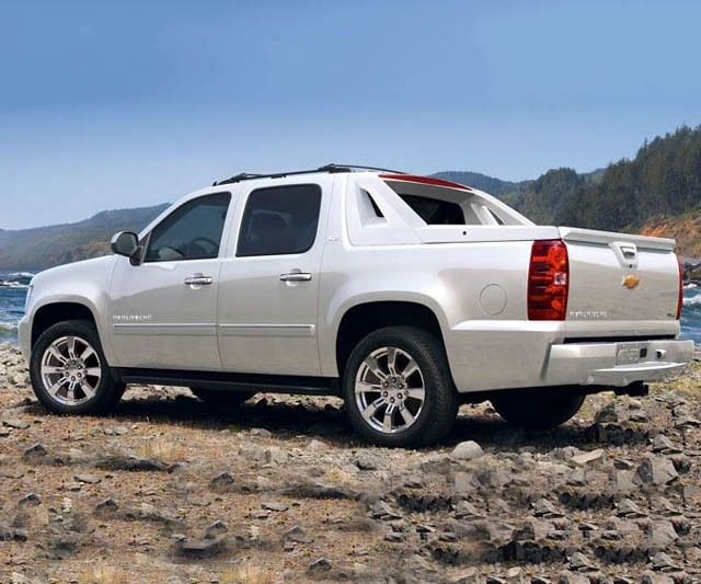 Best 2018 Chevy Avalanche Exterior