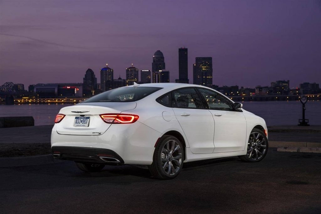 The 2018 Chrysler 100 Sedan First Drive