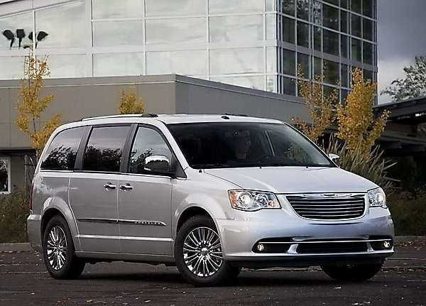 The 2019 Chrysler Caravan Colors First Drive