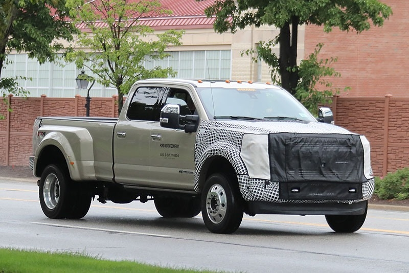 The 2019 Ford F350 Super Duty Specs and Review