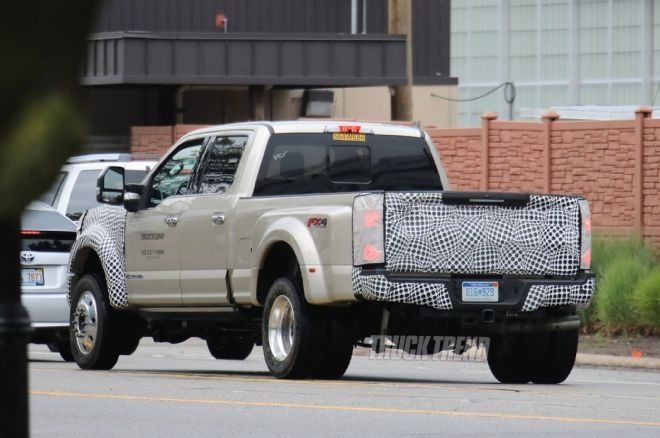 The 2019 Ford F450 Super Duty Specs and Review