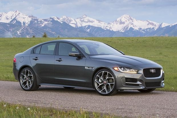 New 2019 Jaguar Xe Sport Picture