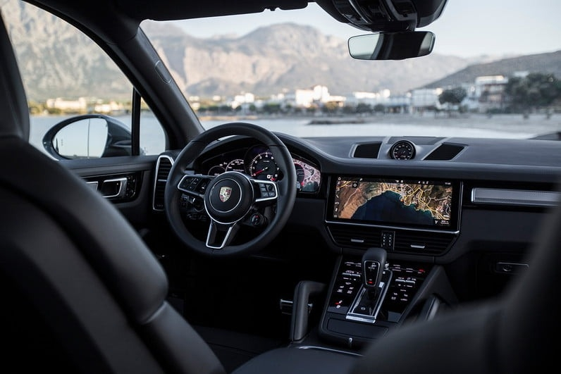 New 2019 Porsche Cayenne Interior