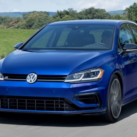 2019 Volkswagen Golf R USA Review