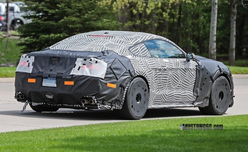 The Spy Shots 2019 Ford Mustang Svt Gt 500 Exterior