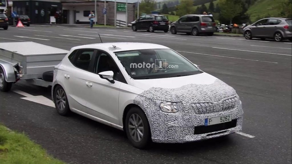 Spy Shots 2019 Skoda Superb Review and Specs