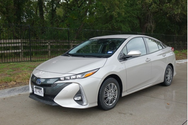 Toyota Prius 2019 New Review