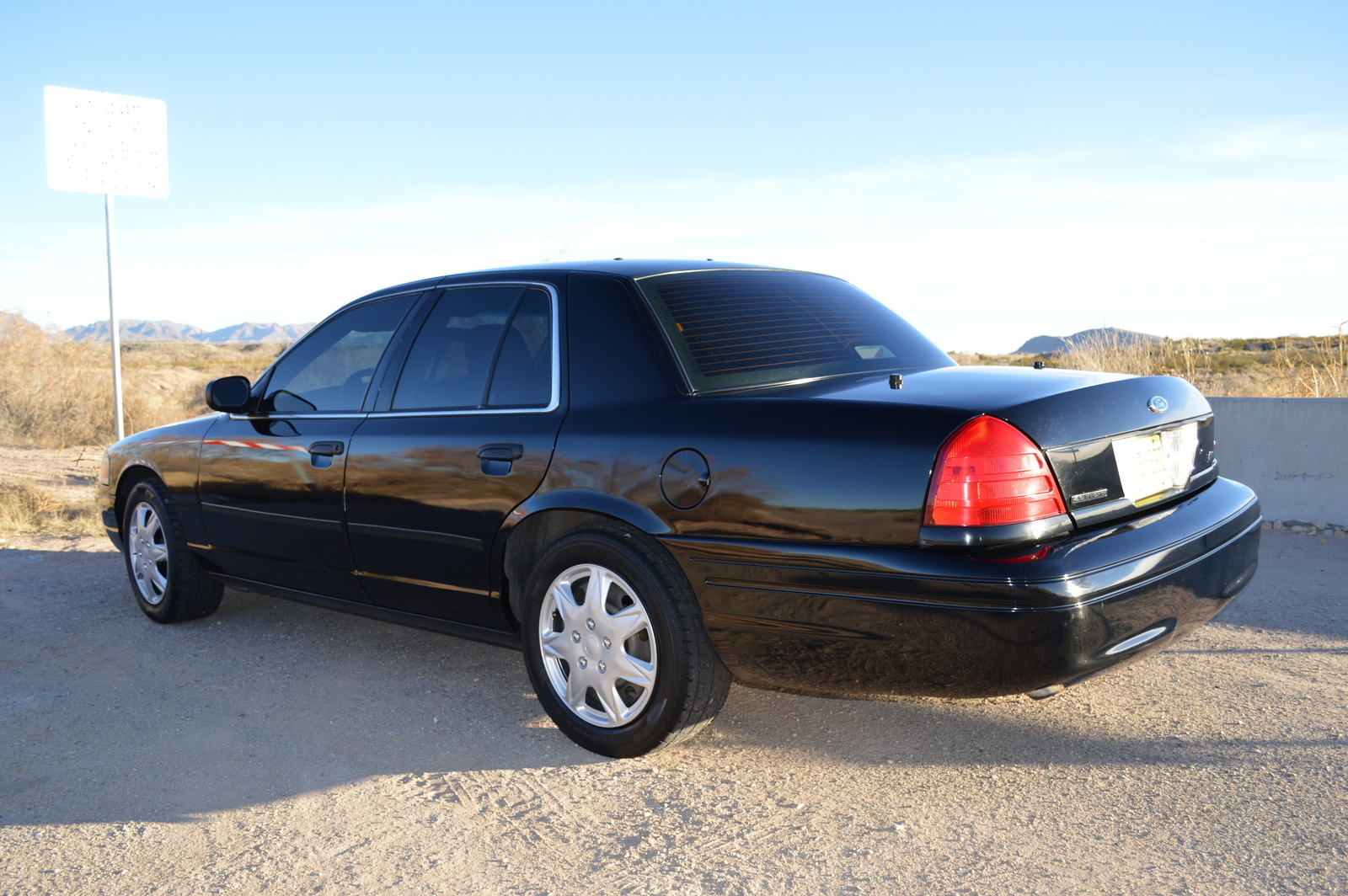 2009-Ford-Crown-Victoria