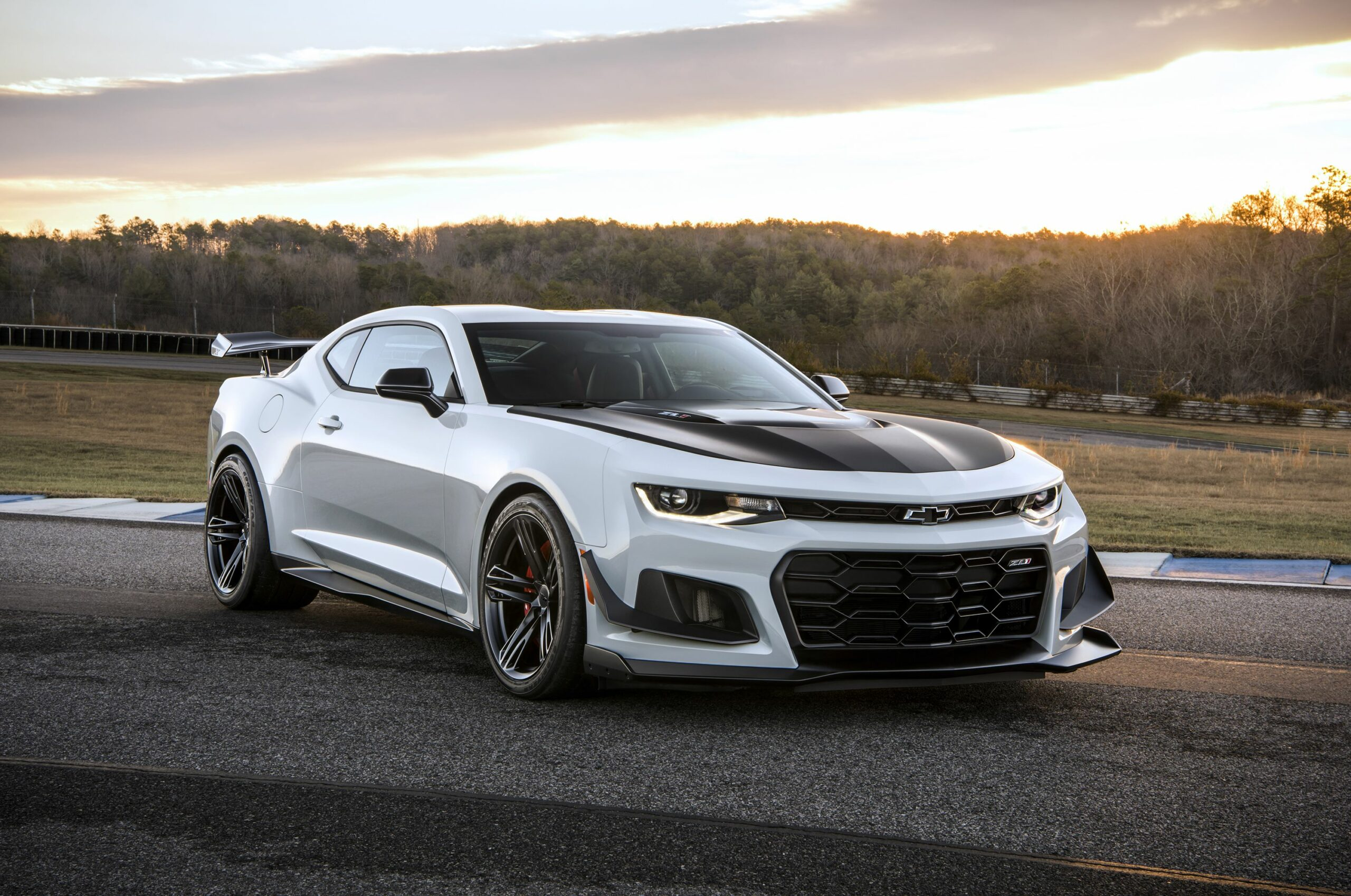 2019-Chevrolet-Camaro-scaled