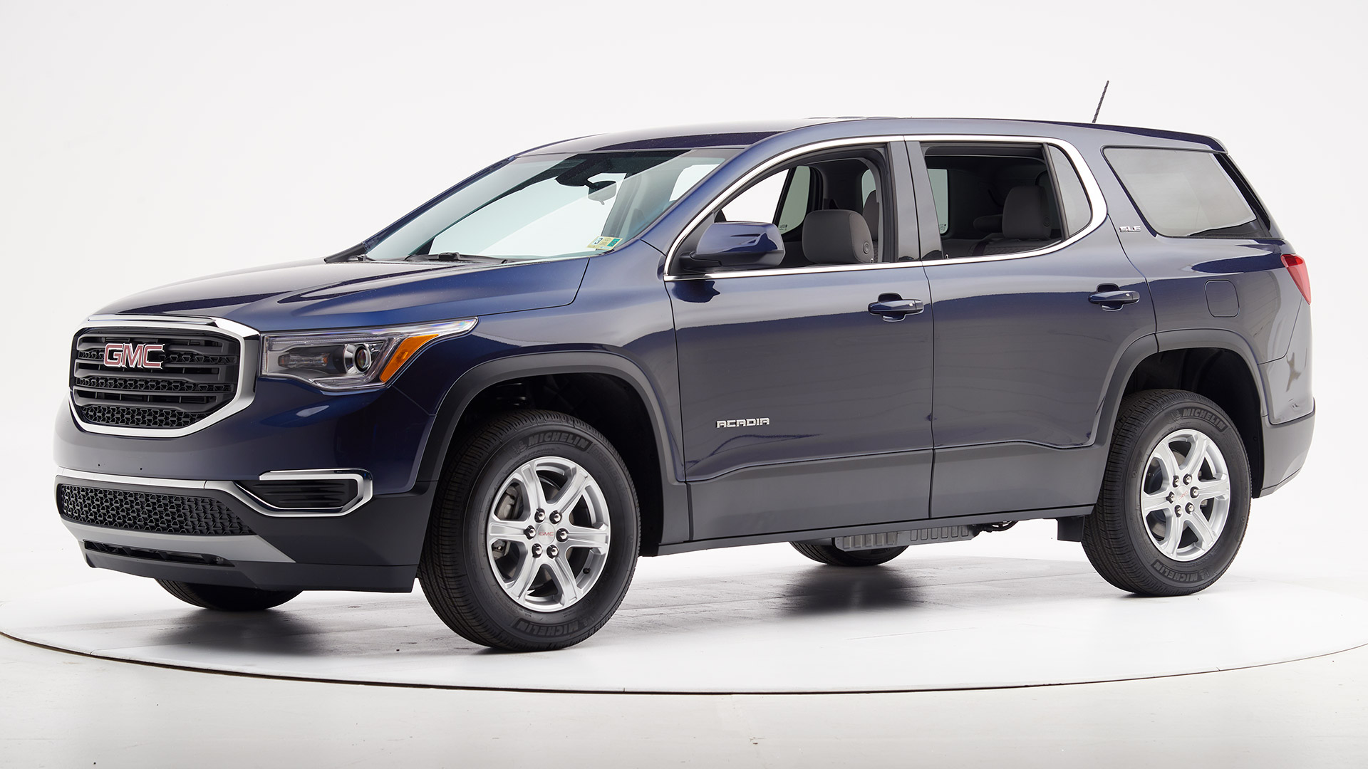 Best-Cars-to-Lease-Under-200-2020-GMC-Acadia